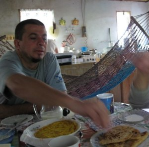 Adilio & me chow down
